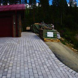 Bilparkering anpassad för högt marktryck på Björnrike i Vemdalen